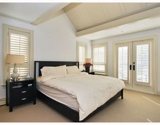Photo 9: 1786 W 15TH Avenue in Vancouver: Fairview VW House 1/2 Duplex for sale (Vancouver West)  : MLS®# V757566