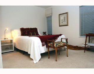 "Photo 5: 202 1118 55TH Street in Tsawwassen: Tsawwassen Central Condo for sale in ""CAMBRIDGE PLACE"" : MLS®# V760577"