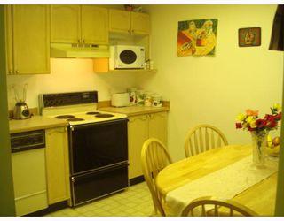 "Photo 9: 14 7188 EDMONDS Street in Burnaby: Edmonds BE Townhouse for sale in ""SYLVAN COURT"" (Burnaby East)  : MLS®# V773361"