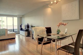 """Photo 2: 1501 4194 MAYWOOD Street in Burnaby: Metrotown Condo for sale in """"PARK AVE TOWERS-TOWER II"""" (Burnaby South)  : MLS®# R2396841"""