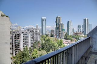 """Photo 9: 1501 4194 MAYWOOD Street in Burnaby: Metrotown Condo for sale in """"PARK AVE TOWERS-TOWER II"""" (Burnaby South)  : MLS®# R2396841"""