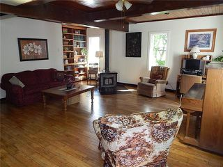 Photo 2: 26107 MUN 42N Road in Linden: R05 Residential for sale : MLS®# 1926138