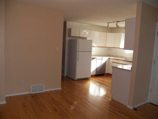 Photo 10: 10305 152 Street in Edmonton: Zone 21 House Half Duplex for sale : MLS®# E4176080