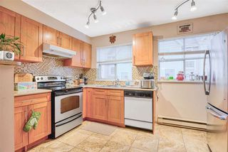 Photo 3: 7 2450 HAWTHORNE Avenue in Port Coquitlam: Central Pt Coquitlam Townhouse for sale : MLS®# R2424534