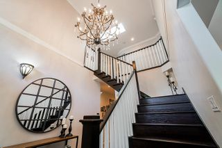 Photo 3: 7779 WEDGEWOOD Street in Burnaby: Burnaby Lake House for sale (Burnaby South)  : MLS®# R2436018