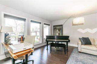 Photo 5: 426 OLSEN Close NW in Edmonton: Zone 14 House for sale : MLS®# E4199164