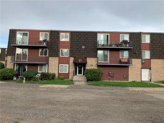 Photo 3: 22D 80 GALBRAITH Drive SW in Calgary: Glamorgan Apartment for sale : MLS®# C4303446