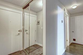 Photo 5: 22D 80 GALBRAITH Drive SW in Calgary: Glamorgan Apartment for sale : MLS®# C4303446
