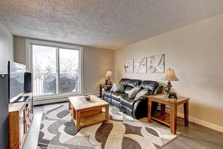 Photo 1: 22D 80 GALBRAITH Drive SW in Calgary: Glamorgan Apartment for sale : MLS®# C4303446
