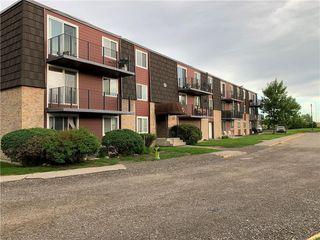 Photo 2: 22D 80 GALBRAITH Drive SW in Calgary: Glamorgan Apartment for sale : MLS®# C4303446
