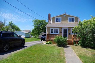 Photo 3: 523 Acadia Street in New Waterford: 204-New Waterford Residential for sale (Cape Breton)  : MLS®# 202012465