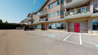 Photo 2: 202 5711 MERMAID Street in Sechelt: Sechelt District Condo for sale (Sunshine Coast)  : MLS®# R2486694