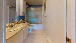 Photo 32: 202 5711 MERMAID Street in Sechelt: Sechelt District Condo for sale (Sunshine Coast)  : MLS®# R2486694