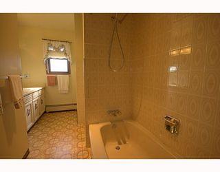 "Photo 6: 10300 CORNERBROOK Crescent in Richmond: Steveston North House for sale in ""STEVESTON NORTH"" : MLS®# V786979"