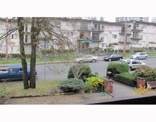 "Photo 7: 206 910 5TH Avenue in New Westminster: Uptown NW Condo for sale in ""GROSVENOR COURT"" : MLS®# V799355"
