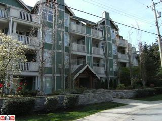 "Photo 1: 402 15350 16A Avenue in Surrey: King George Corridor Condo for sale in ""Ocean Bay Villas"" (South Surrey White Rock)  : MLS®# F1012480"