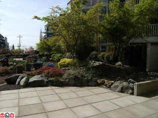 "Photo 9: 402 15350 16A Avenue in Surrey: King George Corridor Condo for sale in ""Ocean Bay Villas"" (South Surrey White Rock)  : MLS®# F1012480"