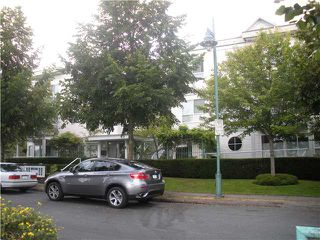 "Photo 1: 6 2711 E KENT Avenue in Vancouver: Fraserview VE Townhouse for sale in ""RIVERSIDE GARDENS"" (Vancouver East)  : MLS®# V843288"