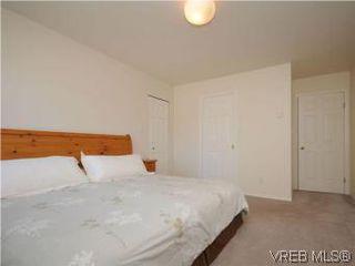 Photo 9: 1811 Fairfield Rd in VICTORIA: Vi Fairfield East Half Duplex for sale (Victoria)  : MLS®# 548837