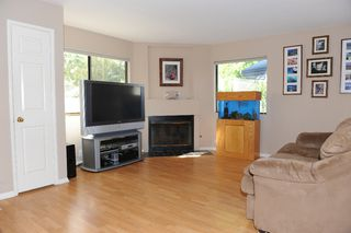 Photo 2: PACIFIC BEACH Condo for sale : 2 bedrooms : 1962 Missouri