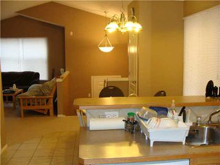 Photo 5: 40 SADDLEFIELD Road NE in CALGARY: Saddleridge Residential Detached Single Family for sale (Calgary)  : MLS®# C3456118
