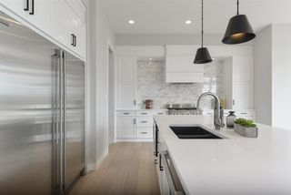 Photo 8: 698 HOWATT Drive in Edmonton: Zone 55 House for sale : MLS®# E4172864