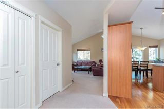 Photo 18: 25 Stoneridge Dr in VICTORIA: VR Hospital House for sale (View Royal)  : MLS®# 831824