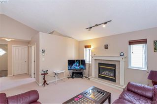 Photo 10: 25 Stoneridge Dr in VICTORIA: VR Hospital House for sale (View Royal)  : MLS®# 831824