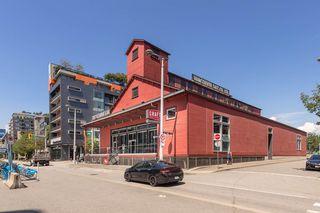 Photo 16: 204 38 W 1ST AVENUE in Vancouver: False Creek Condo for sale (Vancouver West)  : MLS®# R2430089