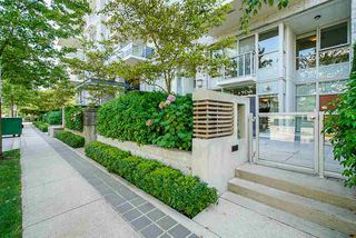 Photo 1: 6086 IONA DRIVE in Vancouver: University VW Townhouse for sale (Vancouver West)  : MLS®# R2424752