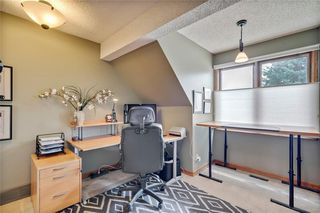 Photo 35: 40 STRADBROOKE Way SW in Calgary: Strathcona Park Detached for sale : MLS®# C4300390
