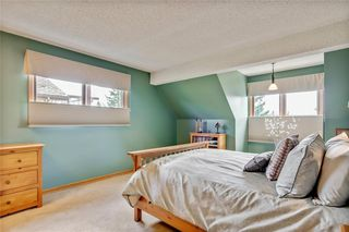 Photo 29: 40 STRADBROOKE Way SW in Calgary: Strathcona Park Detached for sale : MLS®# C4300390