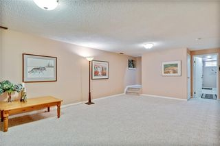 Photo 43: 40 STRADBROOKE Way SW in Calgary: Strathcona Park Detached for sale : MLS®# C4300390