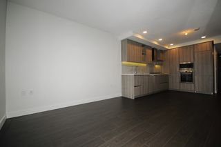 Photo 3: 1212 3300 KETCHESON Road in Richmond: West Cambie Condo for sale : MLS®# R2500592