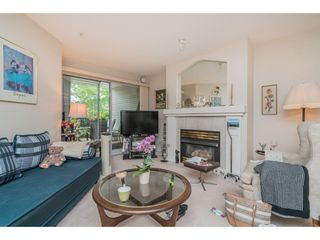 """Photo 4: 137 19528 FRASER Highway in Surrey: Cloverdale BC Condo for sale in """"Fairmont on the Blvd"""" (Cloverdale)  : MLS®# R2509162"""