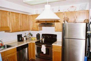 Photo 2: 110 1520 Vidal Street in White Rock: Home for sale : MLS®# F2508287