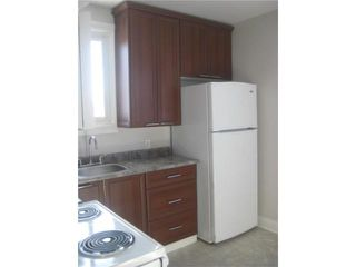 Photo 3: 398 Parr Road in WINNIPEG: North End Residential for sale (North West Winnipeg)  : MLS®# 1002122