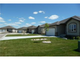 Photo 2: 12 Britton Bay in HEADINGLEY: Headingley North Condominium for sale (West Winnipeg)  : MLS®# 1013973