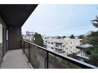 "Photo 17: 303 325 W 3RD Street in North Vancouver: Lower Lonsdale Condo for sale in ""HARBOUR VIEW"" : MLS®# V861461"