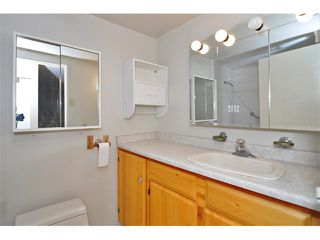 "Photo 15: 303 325 W 3RD Street in North Vancouver: Lower Lonsdale Condo for sale in ""HARBOUR VIEW"" : MLS®# V861461"