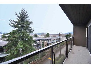 "Photo 16: 303 325 W 3RD Street in North Vancouver: Lower Lonsdale Condo for sale in ""HARBOUR VIEW"" : MLS®# V861461"