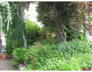 "Photo 2: 309 1225 MERKLIN Street in White_Rock: White Rock Condo for sale in ""Engelsea Manor II"" (South Surrey White Rock)  : MLS®# F2818716"