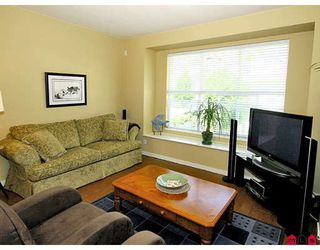 """Photo 4: 24 20460 66TH Avenue in Langley: Willoughby Heights Townhouse for sale in """"WILLOW EDGE"""" : MLS®# F2822446"""