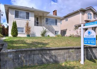"Photo 15: 5651 CHESTER Street in Vancouver: Fraser VE House for sale in ""FRASER VE"" (Vancouver East)  : MLS®# V746920"