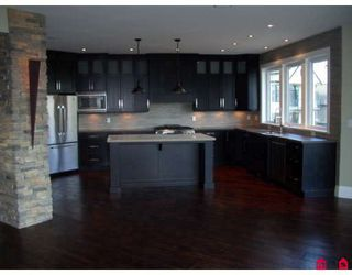 Photo 3: 35622 GOODBRAND Drive in Abbotsford: Abbotsford East House for sale : MLS®# F2904947