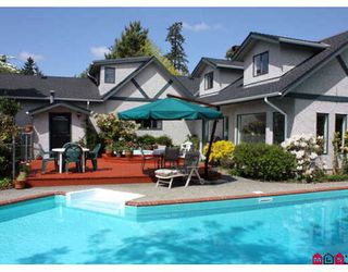 Photo 1: 6016 189TH Street in Surrey: Cloverdale BC House for sale (Cloverdale)  : MLS®# F2910962