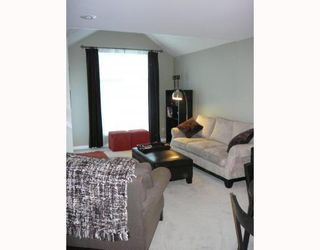 """Photo 2: 1545 BOWSER Avenue in North_Vancouver: Norgate Townhouse for sale in """"ILLAHEE"""" (North Vancouver)  : MLS®# V768953"""