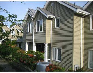 """Photo 1: 1545 BOWSER Avenue in North_Vancouver: Norgate Townhouse for sale in """"ILLAHEE"""" (North Vancouver)  : MLS®# V768953"""