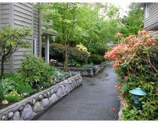 """Photo 10: 1545 BOWSER Avenue in North_Vancouver: Norgate Townhouse for sale in """"ILLAHEE"""" (North Vancouver)  : MLS®# V768953"""