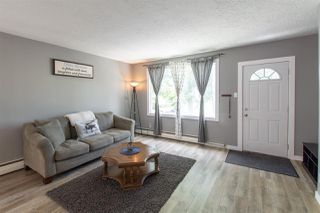 Photo 4: 10517 84 Street in Edmonton: Zone 19 House for sale : MLS®# E4176845